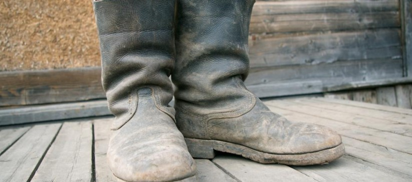 old-muddy-farmers-boots